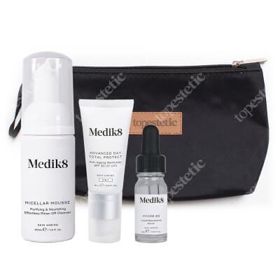 Medik8 Hydr8 B5 Travel Set ZESTAW Mus oczyszczający 40 ml + Serum 8 ml + Krem nawilżający SPF 30 Kosmetyczka 1 szt